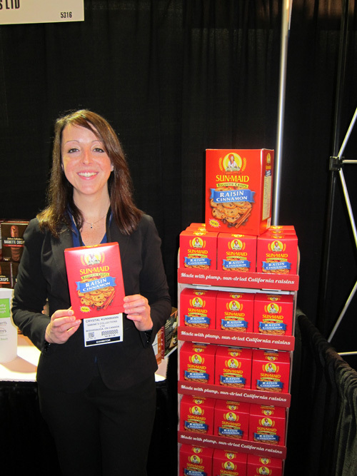Crystal Kunnmann with newly launched Sun-Maid Baguette Crisps from the Sabine