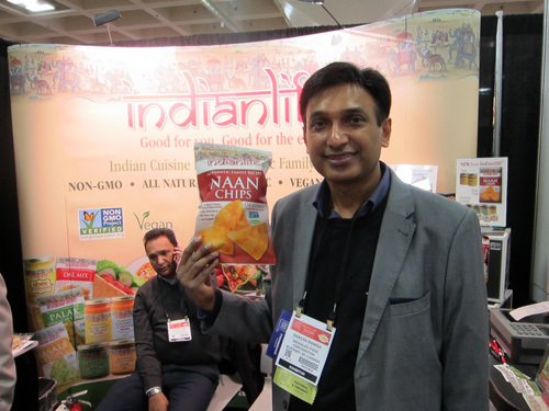 Rakesh Raniga with new Naan Chips from Indian Life