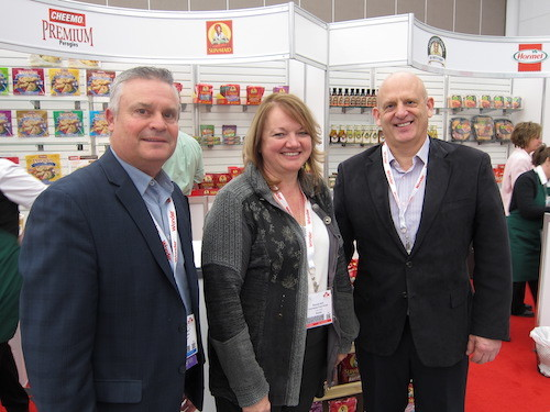 Stephen Peers - Pinnacle Foods Canada with Brenda Kirk and Blende Scott - Save-On-Foods