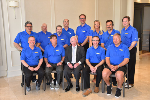 Committee (back, l-r): Forge Francella, Mike Marinangeli, Peter Davies, Grant Campbell, Mike Furgiuele, Michele McMillan, George Tzogas, Kevin Smith. (Front, l-r): Chris Powell, Jim Hunter, Doug Cussons, Sal Galle, Denis Gendron