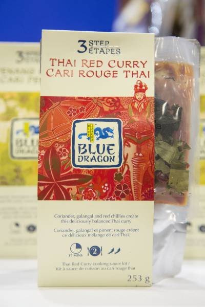 Best Convenience: Blue Dragon 3 Step Meal Kits (ID Foods)