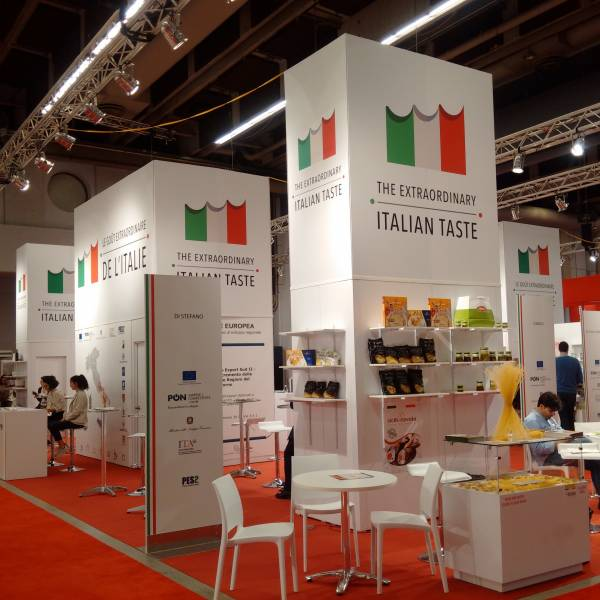 Around SIAL Canada - Italy