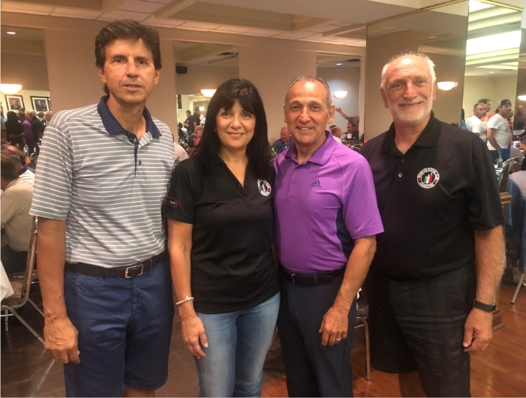 L to R: Reno Berlingieri, Donnici Social Club, Luana Fortino Raso, Fortinos; Domenic Raso, co-chair and co-CEO, Burnac Produce; Michael Bozzo, club president, Donnici Social Club