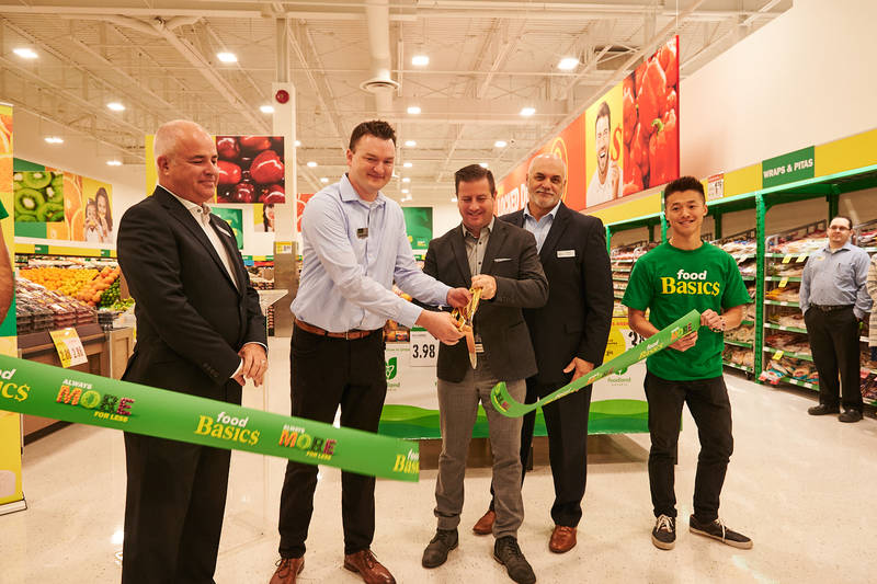 Food Basics Hamilton ribbon cutting