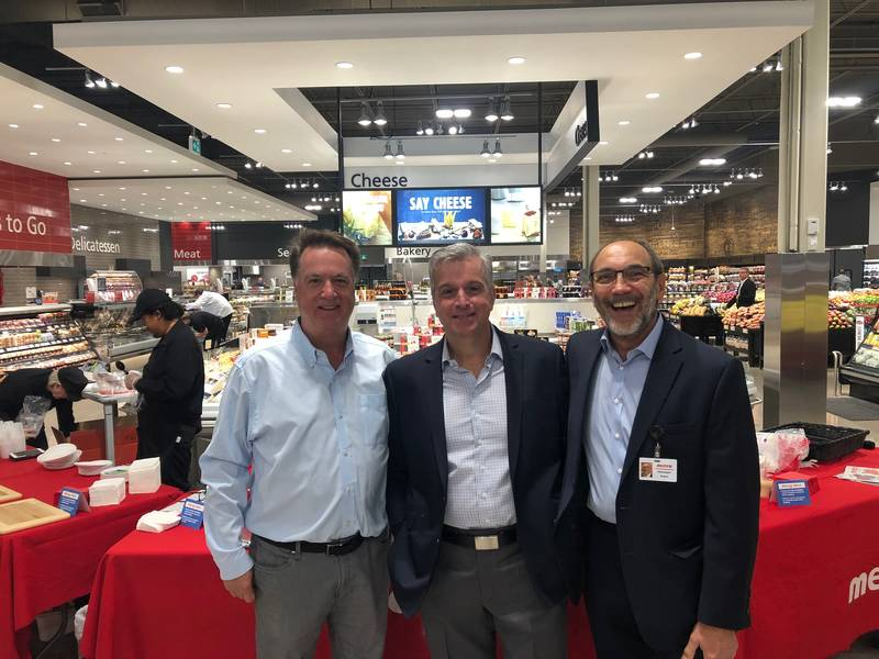 L to R: Rod Sturtridge, Carlton Cards; Joe Fusco, Metro Inc.; Jim Slomka, Grocery Business Magazine