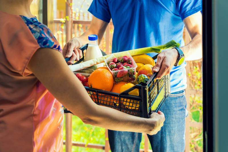 Russia's Yandex offers 15 minute grocery delivery