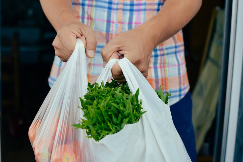 City of Montreal bans plastic bags