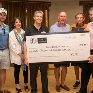 Cheque presentation (l-r) Derek Nighbor; Nancy Croitoru, FPCP; Brian Fraser, Chair, Partner, Gowlings; Jamie Moody, Tree of Life; Dan Carruthers and Marc Guay, PepsiCo.
