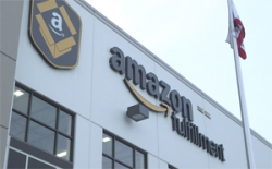 Amazon cuts Prime rate threshold to battle Walmart
