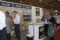 GROCERY INNOVATIONS CANADA 2012