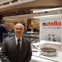 FIRST SAKS FOOD HALL BY PUSATERI'S OPENS AT SHERWAY GARDENS